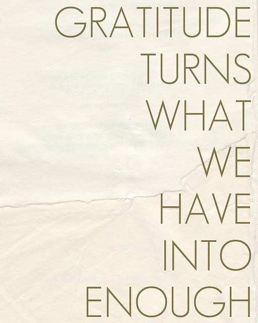 Quotes_Grace+Gratitude_viaPinkWallpaper_2011Dec206